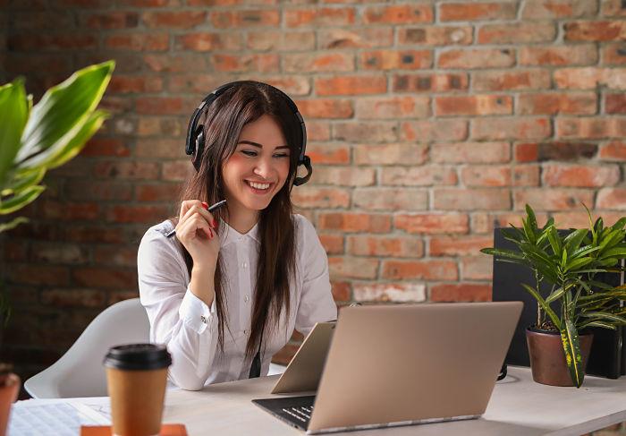 diferencia-call-center-telemarketing