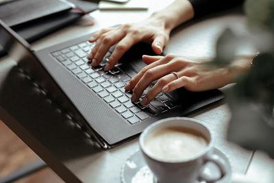 trabajar-en-cualquier-lugar-oficina-nomada