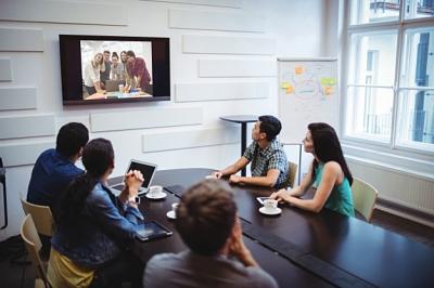 videoconferencia-videollamada-en-la-nube