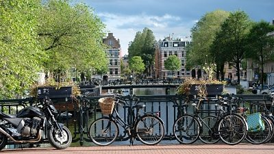 Amsterdam virtual business phone number