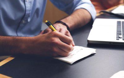 Qu'offre un service de centre d'appels externe aux entreprises?