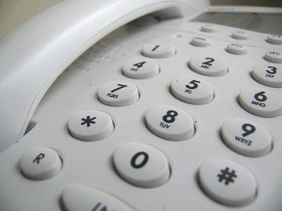 phone-2127_640_opt